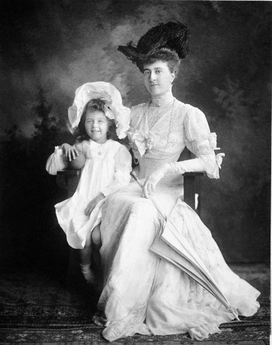 picture of edith stuyvesant vanderbilt and cornelia vanderbilt